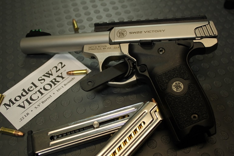 smith and wesson 22 pistol