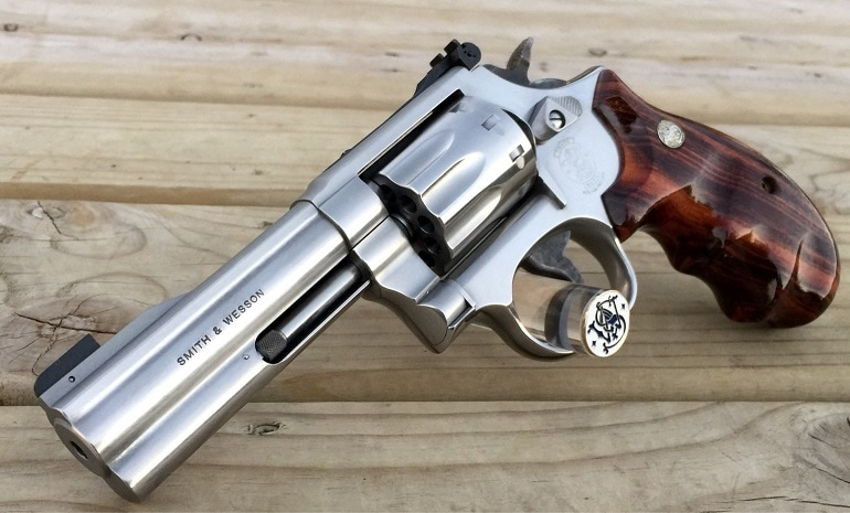 smith wesson left