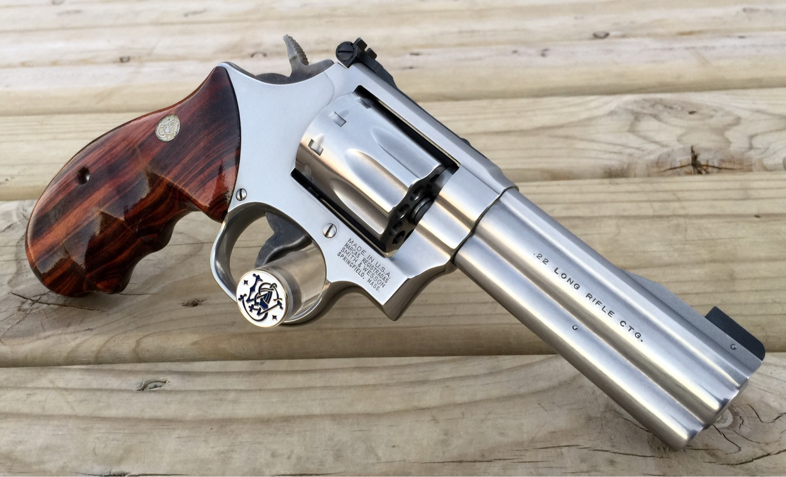 smith wesson right