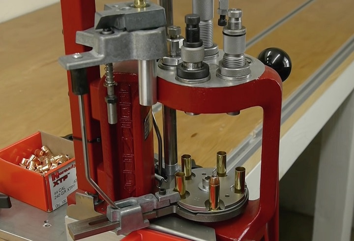 auto progressive reloading press