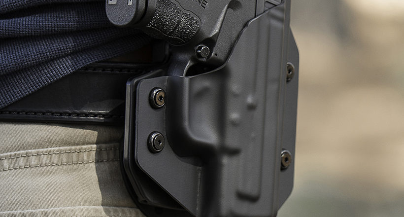7 Best Kydex Holsters For Handguns [IWB & OWB]