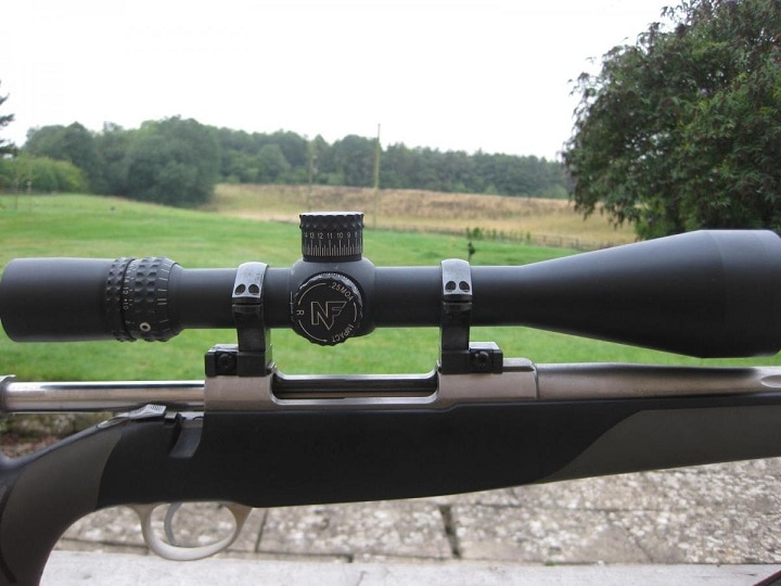 The Great List of Best Long Range Rifle Scopes [Hit Beyond