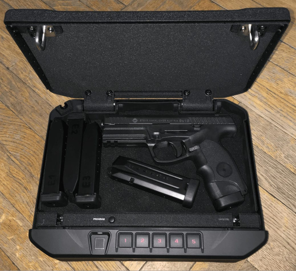 best small handgun safe
