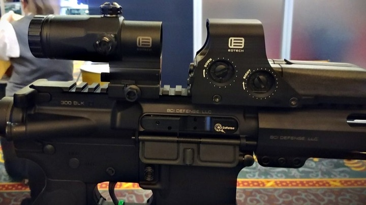 eotech holographic sight with magnifier