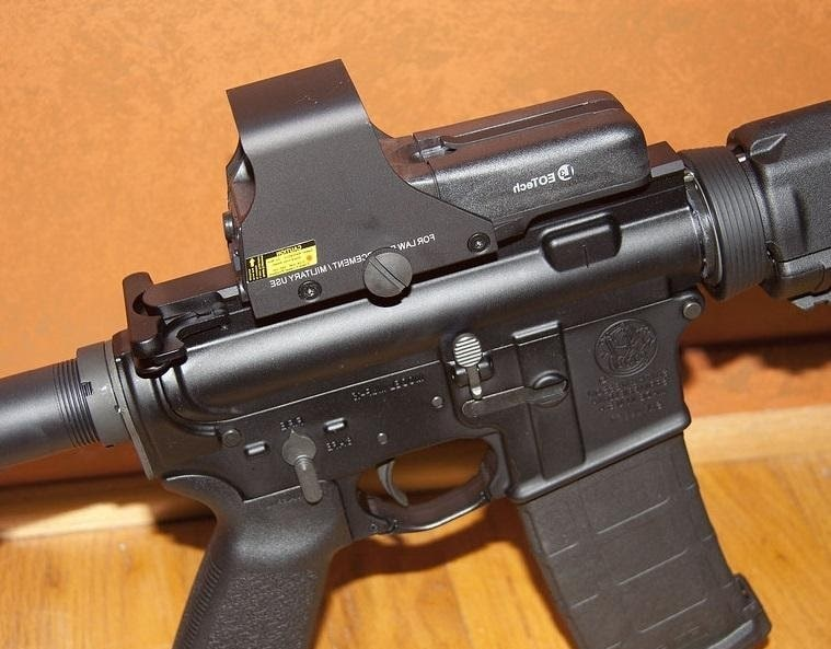 best holographic sight for ar15